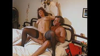 Amateur Couple Fuck On Chair-Only_Body