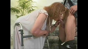 49 YEAR OLD GILF TAKING BLACK COCK